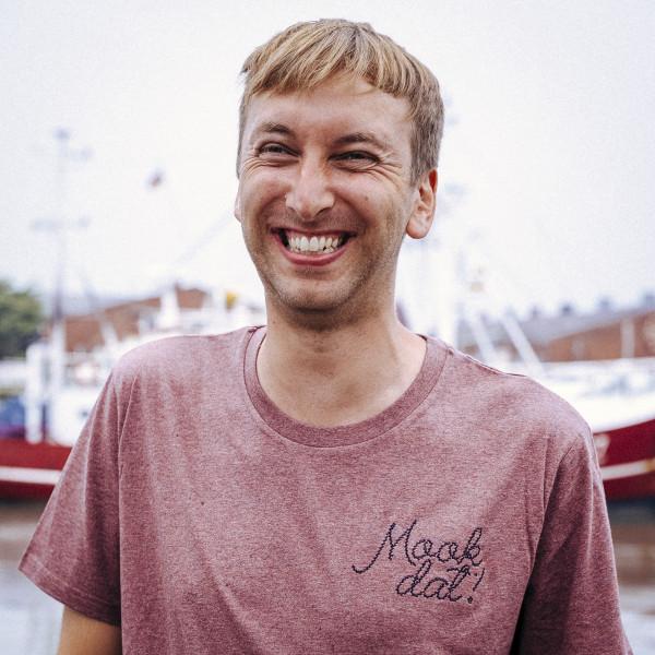 T-Shirt - Mook Dat, eierlikör rot